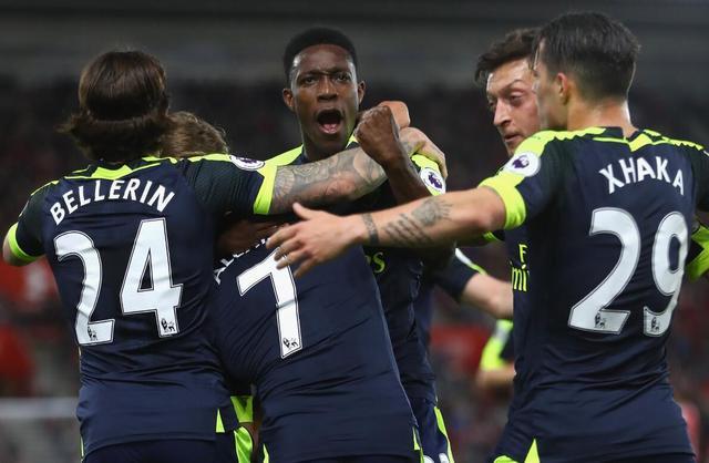 英超-阿森纳2-0超曼联升至第5 桑切斯定胜局