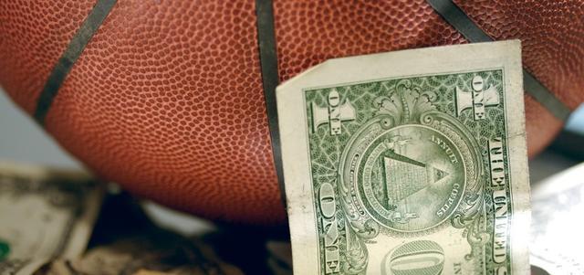 NBA指数:NCAA财富分配调查 大学生在免费打工