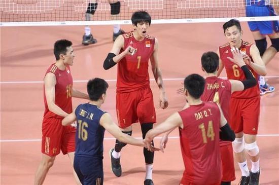 中国男排队员为何颜值高?浙江主教练为你揭秘