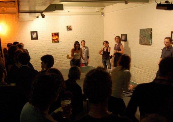 伦敦夜店酒吧流行打乒球 比斯诺克享更好评价