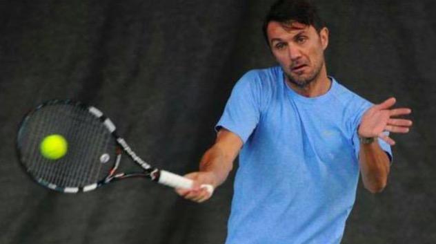 膜拜!49岁马尔蒂尼转战职业网坛 被赞技术全面