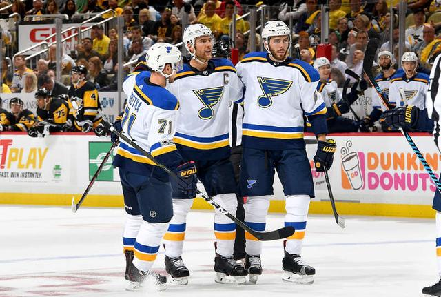 NHL揭幕战蓝调队长加时绝杀 企鹅4-5负蓝调