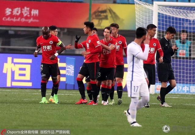 建业vs辽足首发:巴索戈PK乌贾 主队5名U23报名