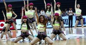 高清:篮球宝贝齐舞动诠释性感 激情释放青春