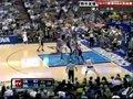 视频:湖人vs小牛 诺天王突分助攻布莱恩三分
