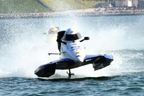 F1摩托艇多哈站青年赛 赦穆尔称冠吴昺辰退赛