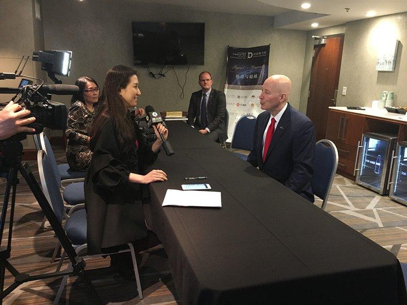 腾讯证券专访内布拉斯加州州长