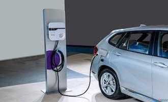姜伯静:利空利好交织 新能源汽车板块面临考验