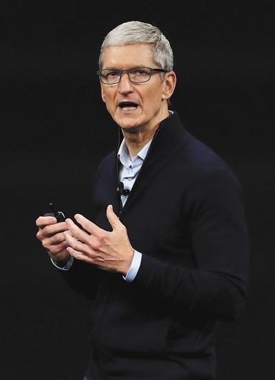"""""""人脸识别""""现乌龙 苹果市值蒸发216亿元"""