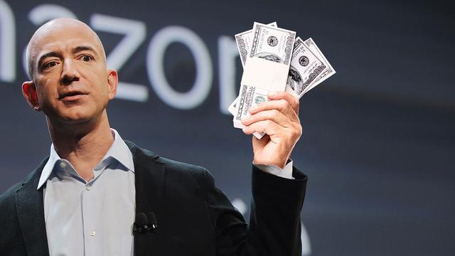 贝索斯成有史以来全球最大富豪 身家达1051亿美元
