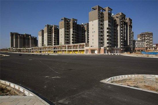 这个城市曾经比香港还富 房地产泡沫破灭后成为鬼城