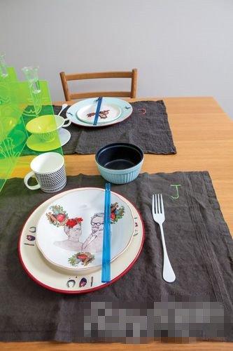 小细节有大爱 餐桌这么布置不看白瞎了