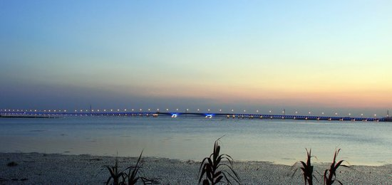 东太湖暮色图片
