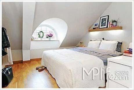 复式房子装修效果图:卧室-复式阁楼房装修样板 65平小面积公寓很有