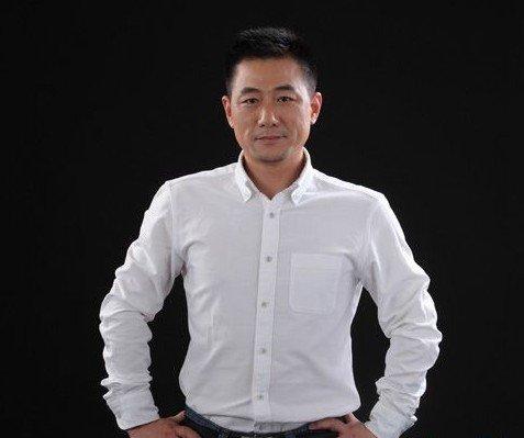 专访:江苏红蚂蚁控股集团董事长李荣_房产_腾讯网