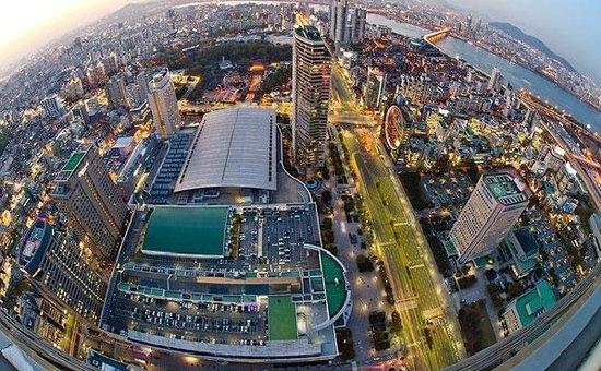 求解中国新型城镇化难题:城市太拥堵 房价过高人太多