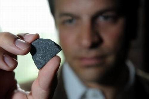 澳大利亚发现神秘陨石 早于太阳系诞生(图)