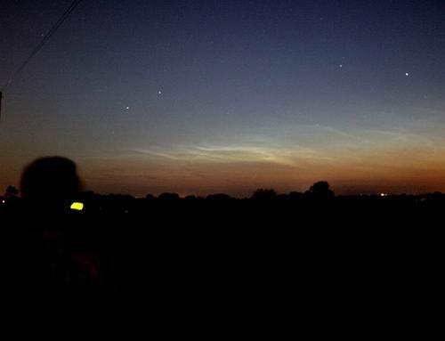 夜光云揭示通古斯大爆炸由彗星撞击地球所致