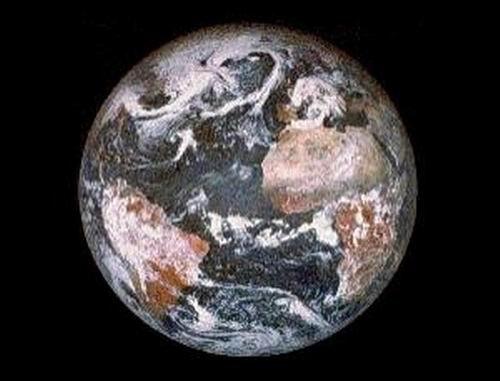 全球气候转暖导致地球旋转轴更加倾斜(图)