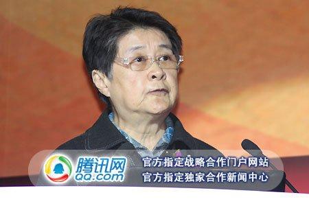 图文:中国互联网协会理事长胡启恒致辞