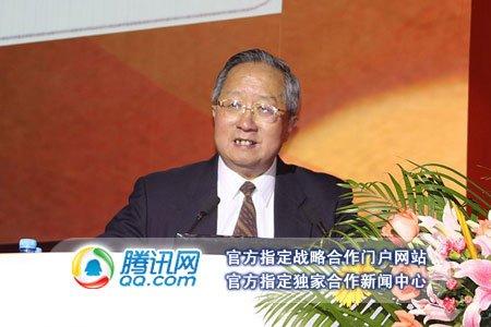图文:中国互联网协会副理事长高新民致辞