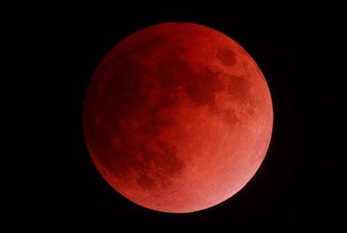 2010年重大天文观测事件:1月15日出现日环食