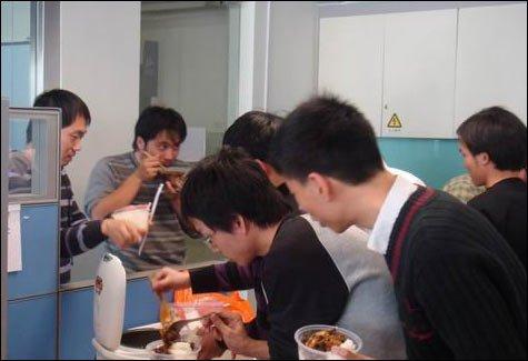李开复曝光住家菜谱母亲:工场美食做牛肉面创新饭菜谱图片