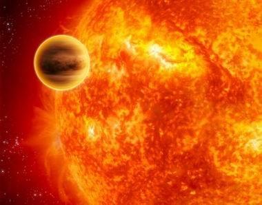 """天文学家观测到奇特行星 处于""""死亡进行时"""""""