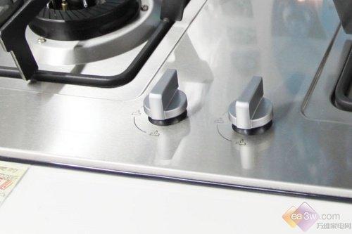 美的燃气灶Q636跌至千元 超便宜产品