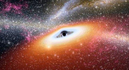 斯皮策太空望远镜发现宇宙最原始黑洞(图)