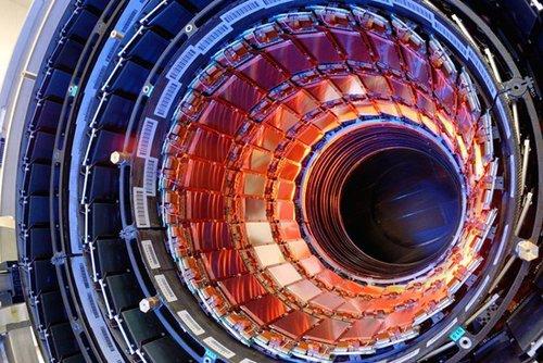 欧洲大型强子对撞机将实施最高能级对撞试验