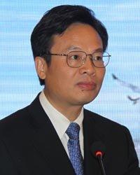张家港市委副书记、市长姚林荣致辞