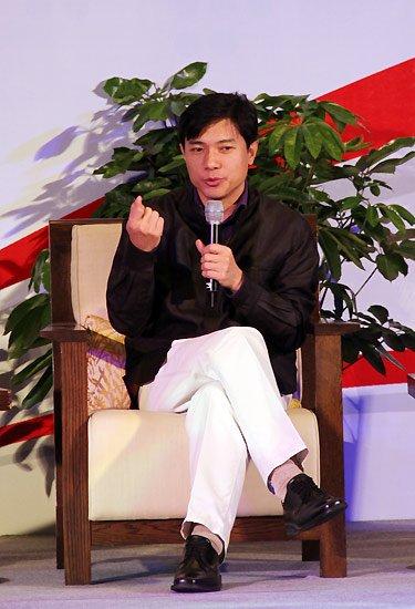 对话嘉宾:百度CEO李彦宏