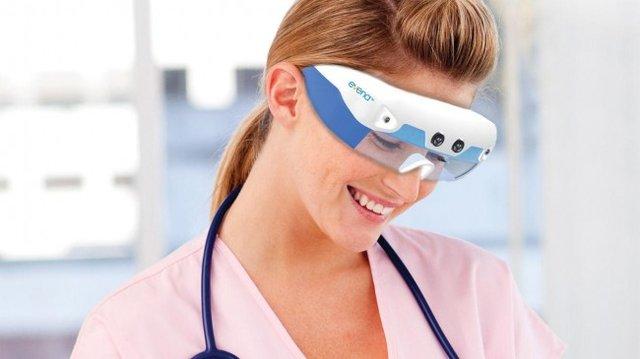 """X射线眼镜将使护士拥有超级""""透视眼"""""""