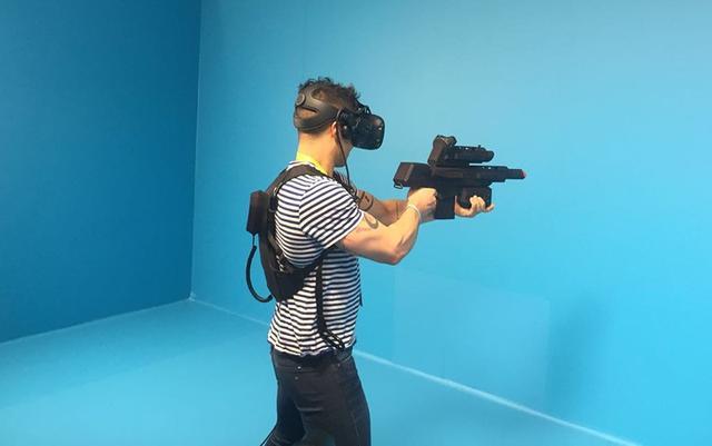 HTC在CES上发布的两款Vive新配件,让人看清了它的VR策略