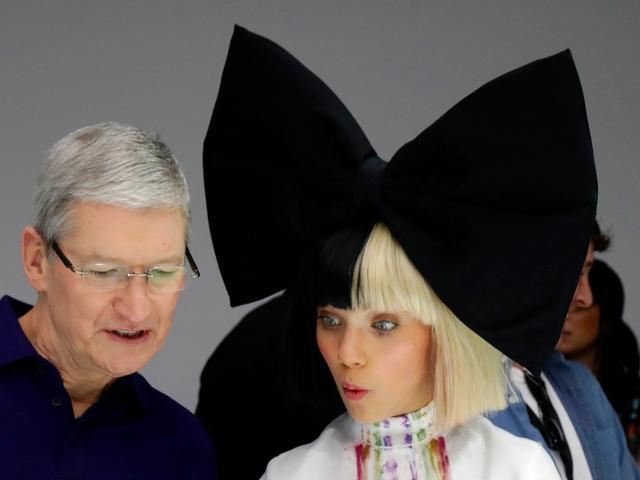 分析师预测:升级高峰将让明年iPhone 8销量创历史纪录