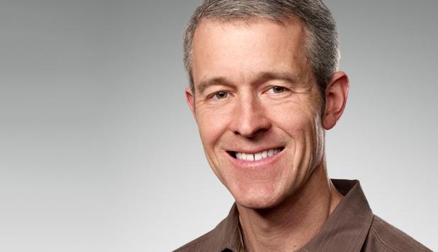 揭秘苹果新COO:随库克加入苹果 下一CEO?