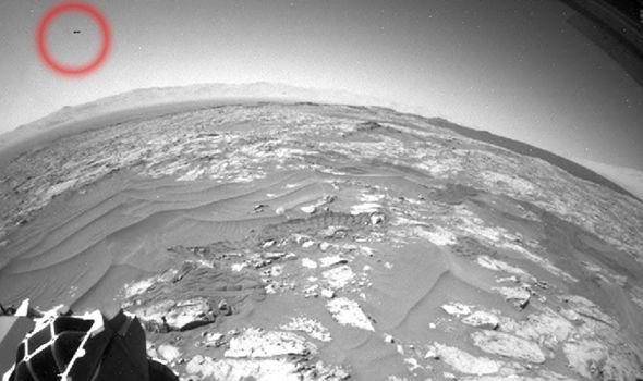 火星上发现UFO身影?外星人话题在再起波澜