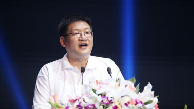 曝华为终端中国区CMO杨柘将离职 或任TCL手机CEO