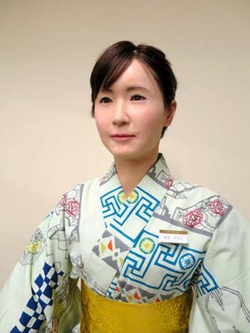 日本研发美女机器人前台 可变换口型及表情