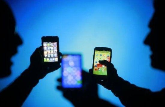 中国手机厂商去年第四季度发货1.8亿部猛增13% 小米未进前五