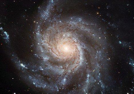 天文学家宣称:人类是宇宙中唯一的智慧生命