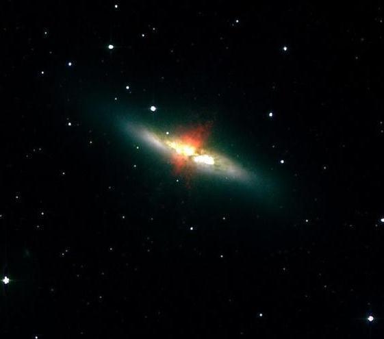 科学家发现亮度超太阳千万倍的奇特天体