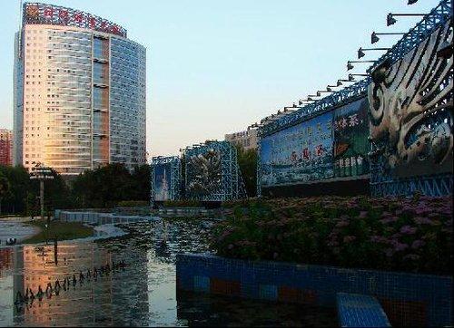 财富之门预热中关村丰台科技园区建园20周年