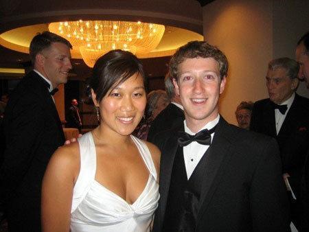扎克伯格夫妇荣登美国年度慈善榜榜首