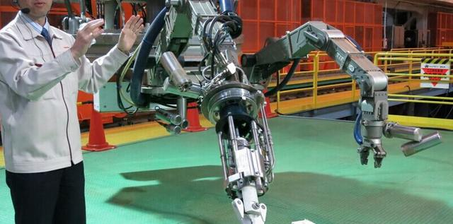 东芝开发出巨型机器人 协助清除福岛核反应堆