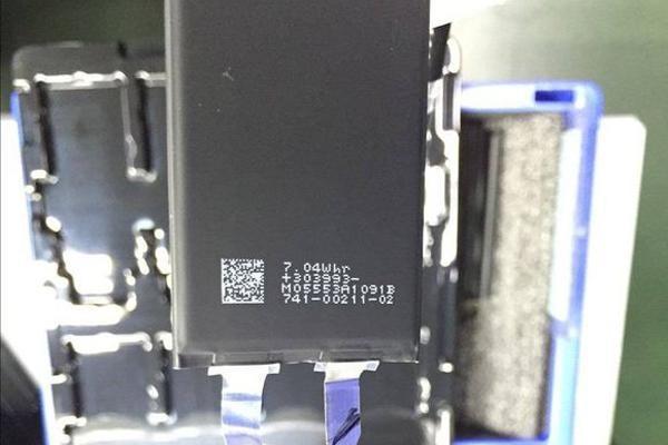 更短、更厚的iPhone 7电池容量较iPhone 6s将提升13%