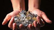 大学生分期竞争升级:遭高利贷质疑