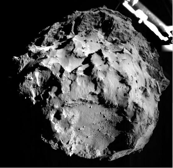 人类探测器首次成功软着陆彗星