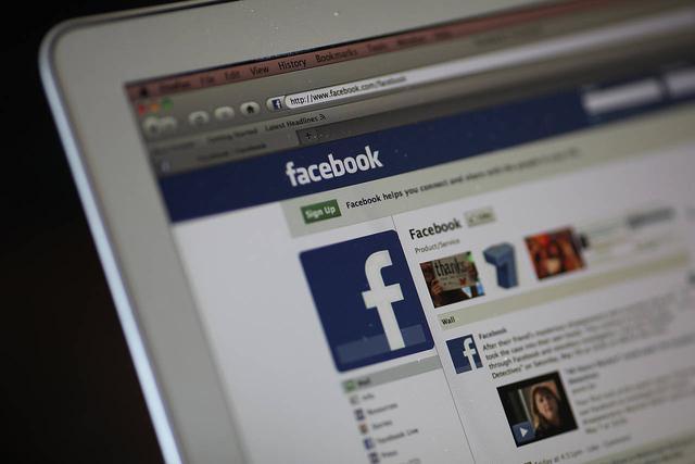 出版商与Facebook合作要谨慎:是糖果也是毒药